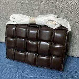 borse di alta qualità dei sacchetti delle donne 2020 di moda in pelle stampa Messenger Bag Ragazze tendenza freschi borsa a tracolla di colore solido hardware sacchetti quadrati