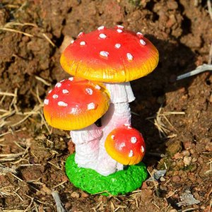 Creative Toy Gifts Resin Craft Miniature Mushroom Figurine Fairy House Ornament Micro Landscape Decor