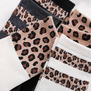 Hot Retro Leopard Print Misto Cotone Moda Donna Calze High Street popolare Stripe Leopard Calze Primavera Estate fredda Cosy