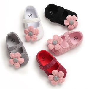 Autumn Cute Baby Girl Shoes Flowers Princess Crib Shoes Knitted Flower Princess First Walkers Soft Non-Slip
