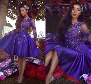 Arabische Royal Purple Short Cocktail Homecoming Kleider 2019 Vintage Langarm A Line Sheer Neck Applique Perlen Kleid Prom Kleider BC1227