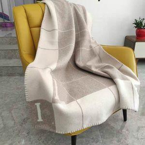 Thicken Lã Stripe H Blanket Início do curso de Inverno Cachecol Xaile Aqueça diários Cobertores Grande 170 * 140 centímetros cobertor de presente de Natal