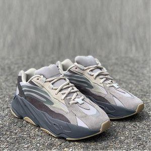 New Arrival Tephra 700 V2 Running Shoes Designer Wave Runner 2019 Mens Women Real Leather Ash Sports Sneaker Trainer