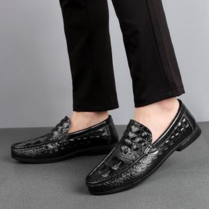 Düz Sürüş Tekne Ayakkabı On ayakkabı erkekler loafer'lar Deri Moccasin Timsah Stil Ayakkabı Kayma Klasik Erkek Chaussure Homme 38-57