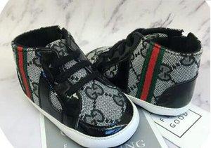 Neonati maschi Designer Shoes for Sale Carino unisex primi camminatori designer di calzature per le idee regalo neonati all'ingrosso
