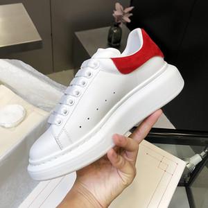 2020 Top Shoes formadores das mulheres dos homens couro branco Plataforma sapatas lisas ocasionais do banquete de casamento Sapatos Sneakers Suede Esportes