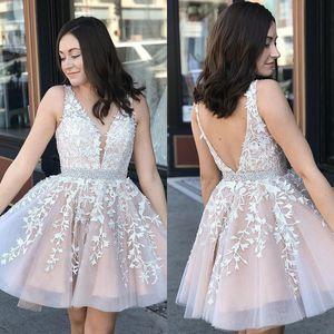 V Neck Renda A-Linha Curta Homecoming Vestidos 2020 Tule Applique Joelho Comprimento Curto Prom Vestidos Plus Size Vestidos de Festa BM0987