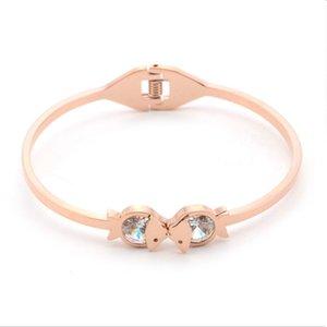 Promoción de calidad superior rosa brazaletes de oro brazaletes de las mujeres brazalete de acero inoxidable regalos de cumpleaños joyería de moda fábrica al por mayor ZX004