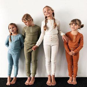 Botón niños pijamas de manga larga de color sólido elástico verano de los niños ropa de noche de otoño Conjunto para niños ropa ocasional de las muchachas sistemas de la ropa 07
