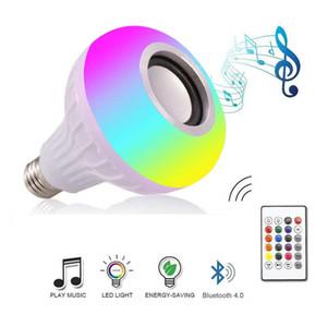 Lâmpada Speaker Bluetooth Smart LED E27 B22 RGB Luz 12W jogar a música Regulável sem fio lâmpada LED com 24 teclas do controle remoto