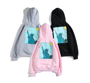 cheap Fashion cheap statue fashion brand couple long sleeve plus velvet middle finger cat Pocket Cat Statue of Liberty