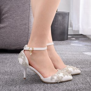 Sapatas do casamento da noiva Crystal White Bombas Partido Evening dia de Natal Sandals Luxo Heel