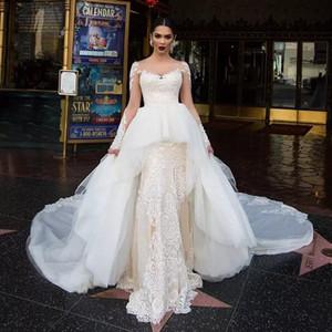 Design A-line Overskirt Wedding Dresses Bateau Neck Long Sleeve Chapel Wedding Gown Lace Appliques Court Train vestido de novia