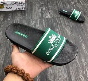 Palazzo Medusa Pool diapositive con in rilievo Medusa testa in gomma Slip-On gomma PVC pantofole dei sandali moda pantofole 603DG