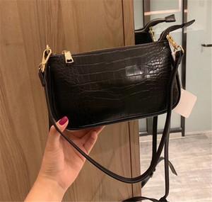 Di lusso della borsa a tracolla delle donne è le borse del progettista borsetta di pelle di alta qualità buona partita Oblique Span Moda Crescent Moon Confezione