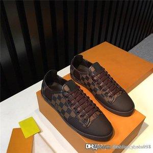 kutu boyutu 38-45 ile Mens basit klasik high-end serisi ve atmosferik baskılı spor ayakkabı Düşük üstü düz taban yürüyüş ayakkabıları