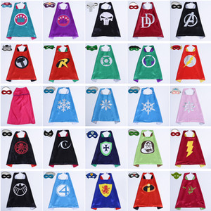 Date 101 Dessins Double Face Superhero Cape 70 * 70cm Bande Dessinée Cape avec Masque pour Enfants De Noël Halloween Cosplay Cape Stage