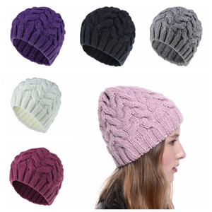 Cute Woman Knitted Beanie Hats Classic Girls Winter Warm Knit Hat Color sólido Lovely Outdoor Ski Cap TTA1772