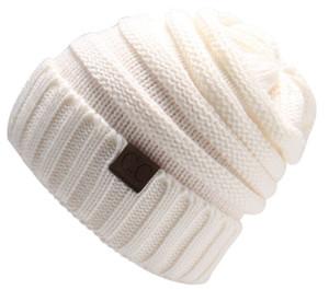2019 vendita calda lana Cappello di lana Fashion Autunno Inverno Beanie cranio di berretti di lana lavorato a maglia Skull Designer Caps cappello esterno di sport con logo CC