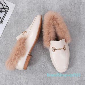 2019 winter furry women peas shoes Flat bottom warm plus velvet fur Wild one-legged lazy Flat womens Casual Shoes Fur Fluffy loafers c22 01