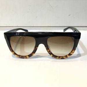 Kadınların marka tasarımcısı 41.398 güneş gözlüğü audrey gözlük güneş gözlüğü tasarım unisex modeli büyük çerçeve leopar çift renk çerçeve sarın Toptan