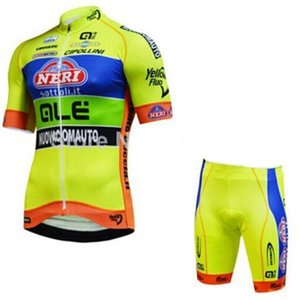 Best Mens 100 %polyester Breathable Bicycle Clothes Summer Short Sleeve Cycling Clothing Ropa Ciclismo Cycling Jersey Set Mailot