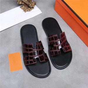 Hombre de primavera y verano de colores zapatillas de cuero, zapatillas de cuero multicolores para una escapada barata y de bajo costo tamaño 38-44