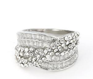 Anillo de las mujeres del regalo del día del aniversario de boda de envío rápida libre del diamante blanco natural de la piedra preciosa de la cruz de la vendimia Señora boda de la alta calidad nunca se descolora