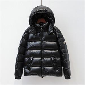 2019 Estilo Moda New Hot Casais Magro espessamento inverno Brasão Down Jacket curto para senhoras frete grátis