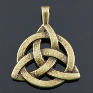5pcs Charms Triquetra Sign Vintage Antique Bronze Color Triquetra Symbol Charms Pendant Jewelry Triquetra Amulet Charms