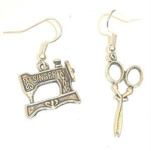 Mode-r / Lot Antique Silver couture MachineScissors Charm Pendentifs Boucles d'oreilles Drapé Mode Femmes Bijoux Cadeaux Vacances Livraison gratuite