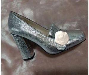 Chaussures de bateau à vente chaude Chaussures Spring Automne Sexy Femme Chaussures 5.5 cm Métal Boucle en métal Chaussures de talon épais 34-42