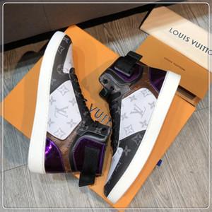 2019 novos sapatos casuais de alta qualidade dos homens, material de couro, caixa ao ar livre sapatos de viagem dos homens de luxo designer originais