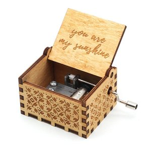 Antique Carved Wooden Engraved Music Box Hand-Cranked Music Box Theme Musica A Birthday Present Party Anonymity Decoration