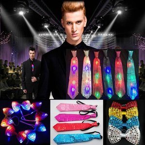 Pailletten LED-Hals-Bindung Glow Fliege Blinzeln Krawatten-Geburtstags-Party Supplies Hochzeit favorisiert Dancing Stage Halloween Christmas Cheer Prop