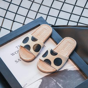 2020 New Summer Children's Slippers Boys Girls Beach Shoes Soft Walking Baotou Closed-Toe Outdoor Kids Wear-resistant Sandals