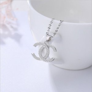 Top Fashion Designer Necklace Silver Plated Letter Luxury Necklace Crystal Diamond Pendant Necklaces Women Men Necklaces Banquet Jewelry