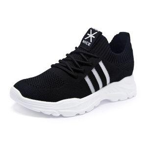 2020 calzados informales Extremadamente ligera de verano estadounidense robusta calzado de hombre mosca de punto transpirable Equipos de ocio masculino acoplamiento de la manera Zapatos