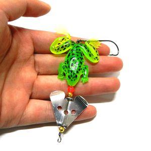50шт Мягких резиновых лягушки рыболовной приманки Bass воблер 3D Eye Simulation Frog Spinner блесна 6.2g рыболовные снасти Аксессуары