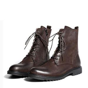 Luxury Men Martin boots Moda Vintage Stivali militari Tooling scarpe Vera pelle stivaletti moto botas hombre
