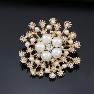 di vendita caldo spilla in cristallo della neve della perla del fiore bellissimo fiore spilla nuovi accessori di abbigliamento delle donne di modo
