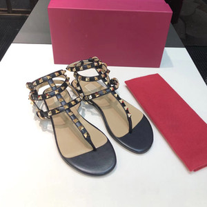 Zapatos Mujer remaches de color Gladiador claveteado plano mujer sandalias Piedras Studded Flip Sandalia de gran tamaño diseñador de las mujeres zapatos baratos Summer34-41