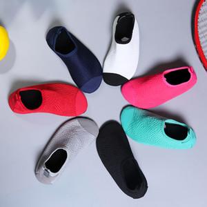 2020 hidroginástica Shoes New bebé Praia sapatos Aquático Natação sapatos Mulheres impermeáveis Homens sapatilha aqua meias sapatos crianças All Seasons