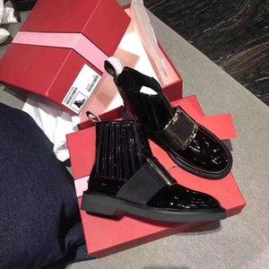 Sıcak Satış-Yeni Kadın Deri Ayak Bileği Çizmeler Tasarımcı Metal Kristal Toka Kadın Çizmeler Siyah Slip-On Yüksek Üst Düz Çizmeler Rugan Ayakkabı