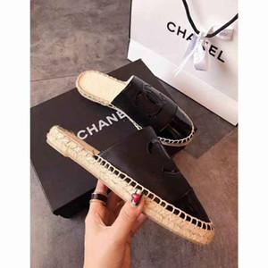 Top Hommes Sandales avec correcte boîte à fleurs sac à poussière impression Designer serpent Chaussures de luxe Diapo été large sandales plates Slipper 35-42