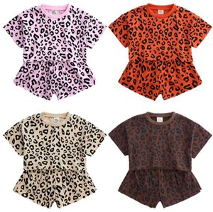 طفل بنات ملابس مجموعات ليوبارد فتاة القمصان والسراويل 2PCS الملابس وتتسابق مجموعة قصيرة الأكمام الاطفال السببية الصيف طفل 4 ألوان BY1057 بالجملة