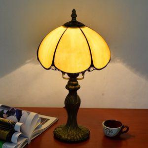 Tiffany sarı cam masa lambası restoran yatak odası bar otel başucu masa lambası TF075 Retro Ücretsiz nakliye Avrupa basit masa lambası