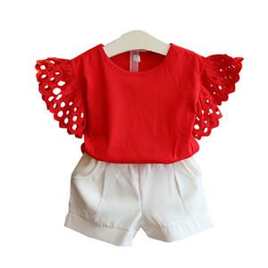 Crianças que voam mangas outfits meninas mangas ocas top + calções 2pcs / set 2019 verão bebê crianças de luxo terno roupa Define 2 cores C198