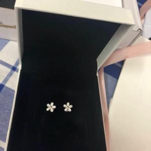 YENI Beyaz emaye Papatya Saplama Küpe Orijinal Kutusu set Takı Pandora 925 Ayar Gümüş çiçekler Küpe Kadınlar Kızlar için