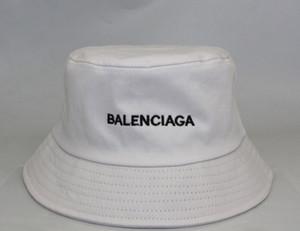El diseñador de moda del sombrero del cubo Carta Para mujer para hombre plegable Caps Negro Pescador Playa parasol plegable Venta Hombre Bowler famosos Caps